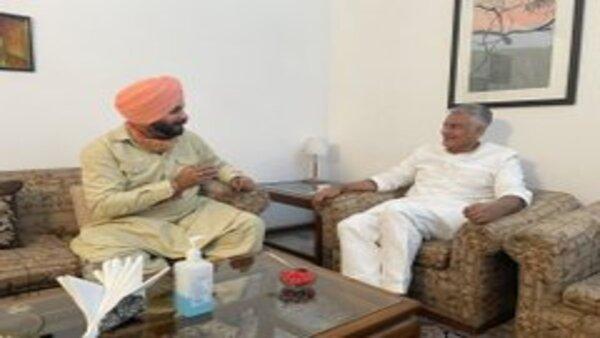 Several Punjab meetings, no Sidhu-Captain truce yet