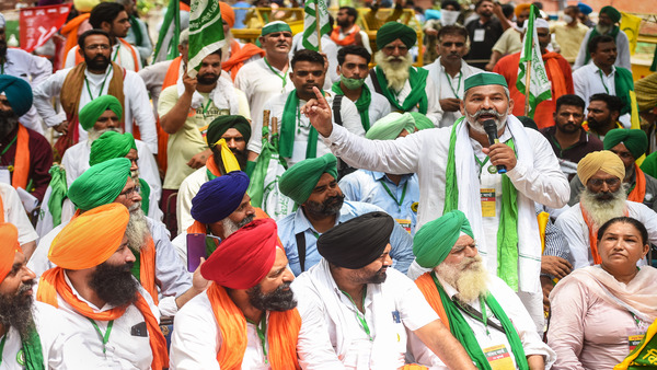 BKU leader Rakesh Tikait says farmers will hold tractor parade on Independence Day at Delhi-Ghazipur border