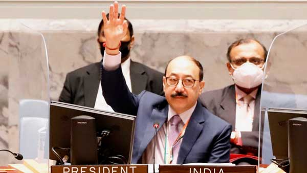 UNSC resolution demands Afghanistan territory not be used to attack countries, shelter or train terrorists