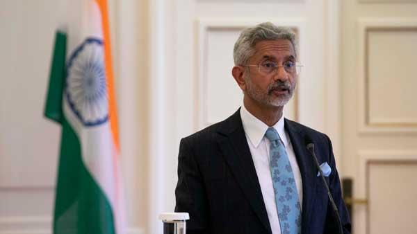 Jaishankar raises Covid quarantine issue during his meeting with UK counterpart
