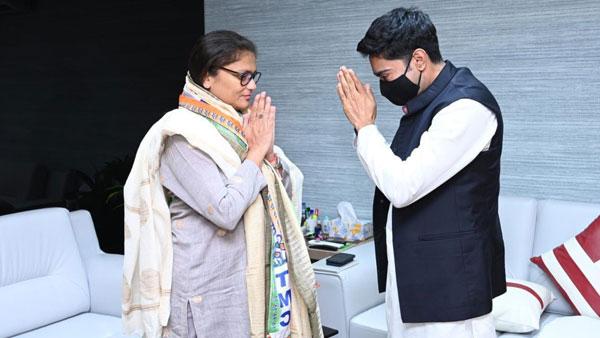 Former Congress MP Sushmita Dev joins TMC as Mamata expands base