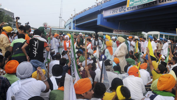 Karnal standoff ends: Khattar govt orders probe into Aug 28 incident, farmers call off sit-in