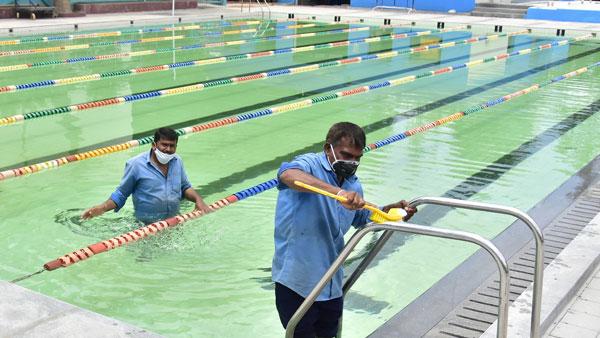 COVID-19: Mumbai Cong urges Maha govt to reopen cinema halls, auditoriums, swimming pools