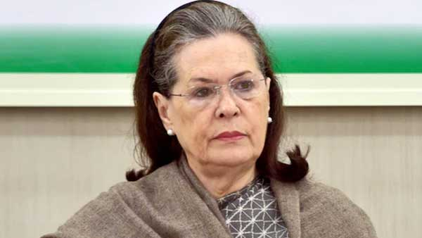 Sonia Gandhi urges Congress' women wing to aggressively fight 'divisive forces'