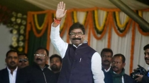 Hemant Soren Takes Oath As 11th Chief Minister Of Jharkhand 3005159.html
