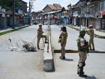 Photos: Army Personnel Stand Guard During Tight Restrictions, In J&K