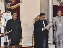 Photos: Justice SA Bobde Takes Oath As 47th Chief Justice Of India