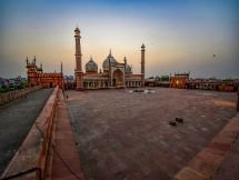 Photos: Deserted Visuals Of Masjid Across The India On The Eve Of Eid-al-Fitr