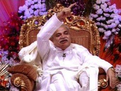 Godman Nirmal Baba Exposed Likely To Reveal Truth