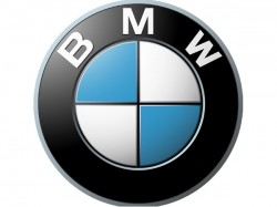 Killed As Bmw Hits Tree And Breaks Into 3 Pieces In Ludhiana