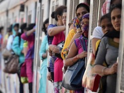 Railway Budget 2015 Cctv Cameras On Trains To Monitor Women S Safety