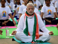 Sena Praises Pm For Yoga Day Says No Issue In Commodification