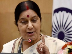Amid India Pakistan Tension Sushma Swaraj Thanks Pak Daughter Of India Uzma Return