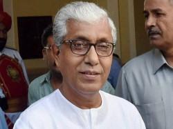 Dd Air Ban Tripura Cm S I Day Speech Cpi M Calls It A