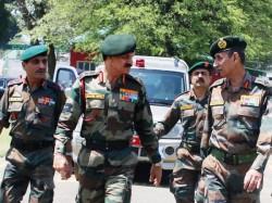 Army Chief Tells Troops Maintain Maximum Restraint Kashmir Valley