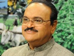 Ncp Leader Chhagan Bhujbal Admitted Mumbai S Lilavati Hospital