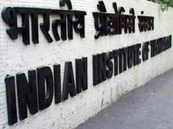 Slump Girl Students Iits Panel Suggests Special Reservation