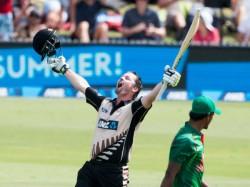 New Zealand Vs Bangladesh Colin Munro Smashes Quickfire 101 2nd T20i