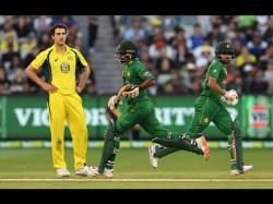Pakistan Win 2nd Odi 6 Wickets End 12 Year Drought Australia