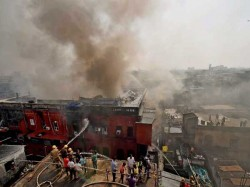 Kolkata Burrabazar Fire Yet To Be Controlled