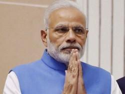 Modi S Uk Visit Pm Pay Tribute Basaveshwara Statue London