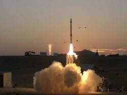 Israel India Sign Historic Usd 2 Billion Missile Deal