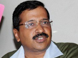 After Mcd Loss Kejriwal Administers Oath Allegiance Councillors