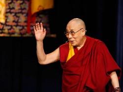 Dalai Lama Offers Prayers For Sri Lankan Flood Victims