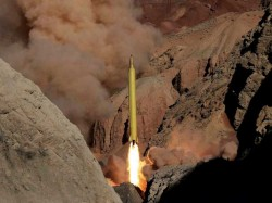Iran Launches Missile Attack On Takfiri Terrorists In Syria