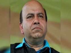 Bjp Leader Who Went Out For Golgappas Robbed In Delhi