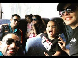 India Vs West Indies Ms Dhoni Shikhar Dhawan S Kids Bond En Route To Antigua
