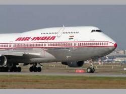 Minor Fire Near Runway At Igi Fores 2 Flights Abort Landing