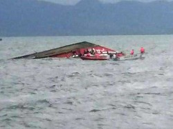 Nigeria Boat Capsize At Least 33 Dead 23 Still Missing