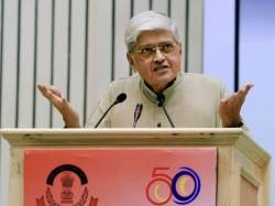 Shiv Sena Slams Sonia For Making Gopalkrishna Gandhi As Vice Presidential Nominee
