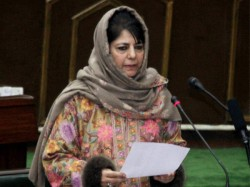 Amarnath Terror Attack Cm Mehbooba Mufti Chairs Emergency Cabinet Meet