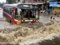 Weather July 21 Forecast Heavy Showers To Continue In Mumbai