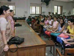 Big Pay Hike Of 28 Per Cent For College Teachers
