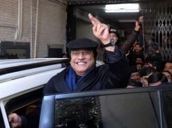 Former Pakistan President Zardari Faces Anti Corruption Court Proceedings
