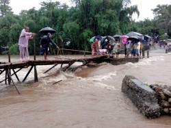 Monsoon 2017 Rain Fury Causes Havoc Over 57 Killed