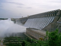 Nagarjunasagars Water Level At Historic Low More Water In Karnataka Hydel Dams