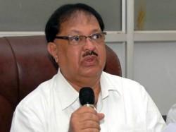 Former Karnataka Congress Minister Qamrul Islam Passes Away
