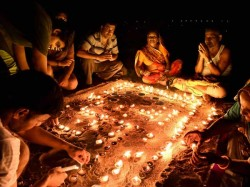 Boycott Chinese Lights Use Diyas Save Potters Community L