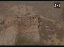 Padmavati Controversy Dead Body Found Hanging At Jaipur Fort