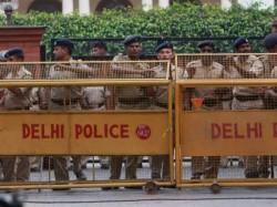 Delhi Shootout Near Dwarka Metro Station 5 Arrested