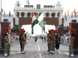 Us Is Trying Convince Pakistan That India Is Not Threat Say