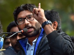 After Jignesh Mevani Asks A Media Channel To Leave All Scribes Boycott Him In Chennai
