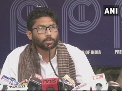 Journalists Boycott Mevani Meet After He Asks Tv Channel To Leave