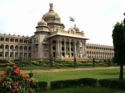 Karnataka Polls No Hung Verdict As Politics Is Not In Transition