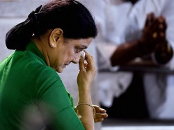 Sasikala Seeks Parole To Attend Husband Natarajans Funeral