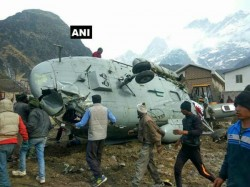 Uttarakhand Army S Cargo Helicopter Catches Fire While Landing Near Kedarnath Temple